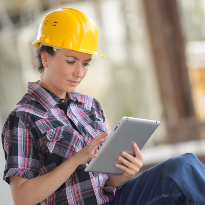 Broadband VoIP IT Solutions | Tatton Tech | Woman in Hardhat
